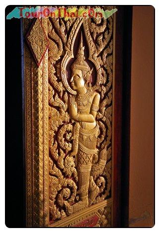 ประตูมณฑปพระพุทธบาท