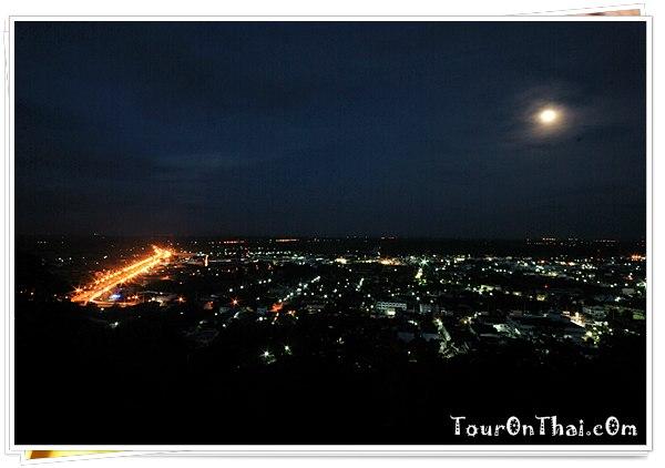 เมืองอุทัยธานียามค่ำคืน