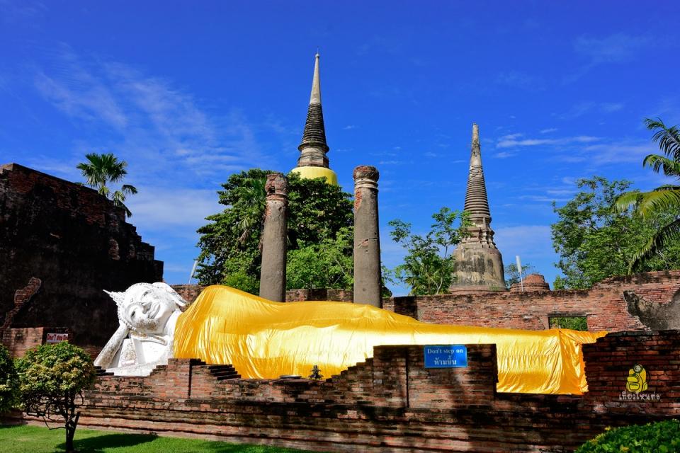 วิหารพระพุทธไสยาสน์วัดใหญ่ชัยมงคล