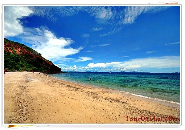 ด้านซ้ายของหาดนวลเกาะล้าน