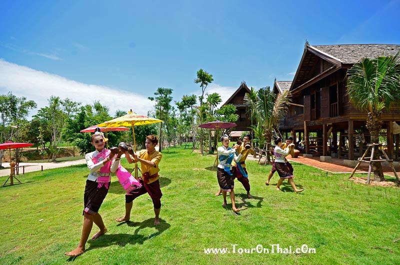ไทยธานี หมู่บ้านวัฒธรรมและศิลปะ